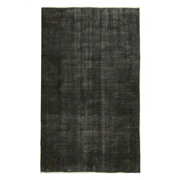 4831- Distressed Carpets -VintageOveryed rugs which are dying of old handmade rugs are a new trend in Europe,America and Australia.